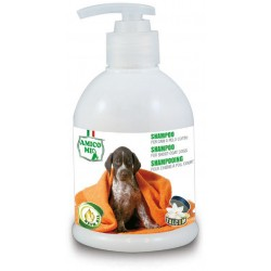 Szampon dla psów z krótkim włosem z olejkiem z drzewa neem